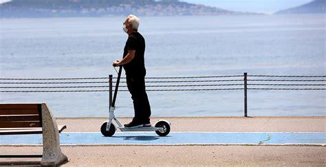 izmirde elektrikli scooter yasaklandi istanbul ve ankara