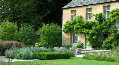 Landscape Architecture Gloucestershire Dan Pearson S Rectory In Gloucestershire Thinking