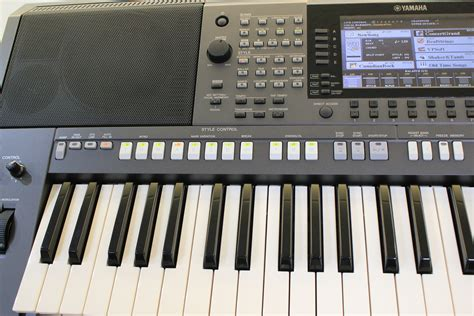 Keyboard Yamaha S970 used yamaha psr s970 arranger keyboard epianos