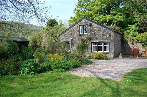 chateau cottage friendly retreat in the brecon