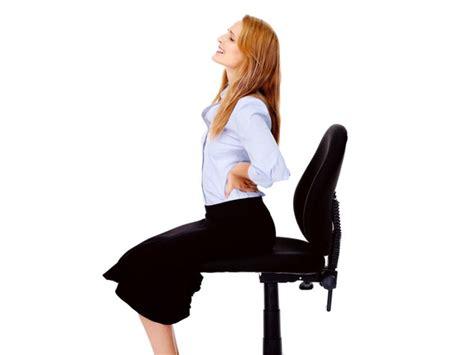 back pain after c section epidural struggling with postnatal back pain boldsky com