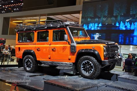 jeep range rover 2016 land rover says goodbye to the defender in geneva with 3