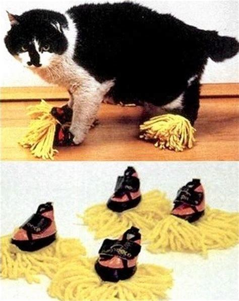 Cat Daster by Put To Work With Cat Duster Slippers Hop To Pop