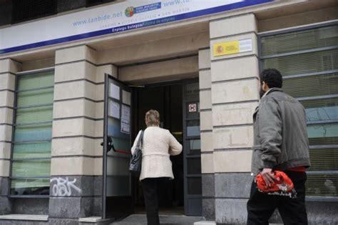 oficina de empleo vitoria la nueva clase social empleo m 225 s rgi pa 237 s vasco el pa 205 s