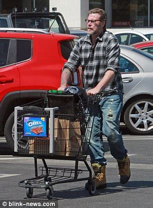 Dean Do A Shopping by Dean Mcdermott Splurges On Motorcycle And Spa Daily Mail