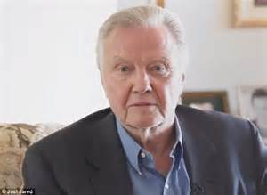 actor jon voight president obama does not love israel jon voight attacks