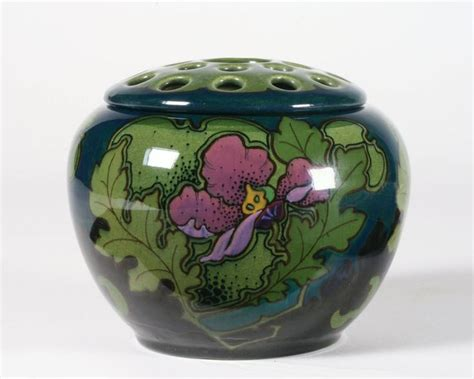 Frog Flower Vase by 3370 Best Images About Flower Frogs And Spill Vases On