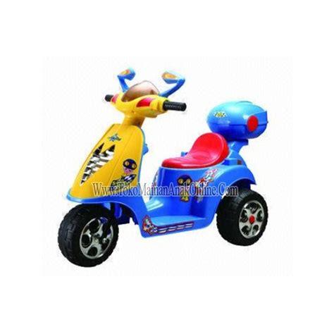 Mainan Anak Motor Aki Unikid Mb106 Motor Vespa Glam motor mainan aki vespa