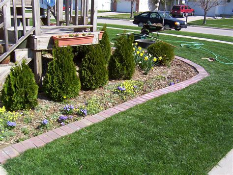 Easy Garden Bed Ideas Simple Flower Bed Edging Design Ideas Lawn Care Pinterest Best Simple Flowers Yard Ideas