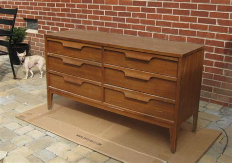 Refinishing Dresser With Laminate Top by Nursery Progress Lining Our Drawers With Paper Mod