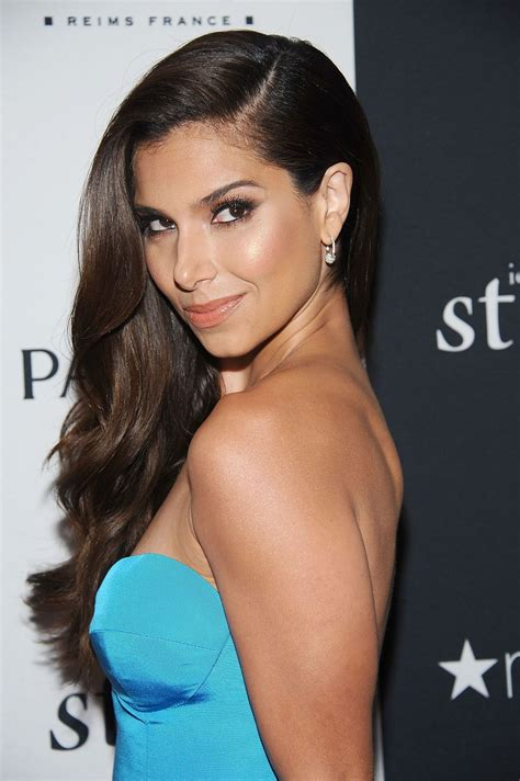 vanidades address roselyn sanchez at 2013 vanidades icons of style awards in