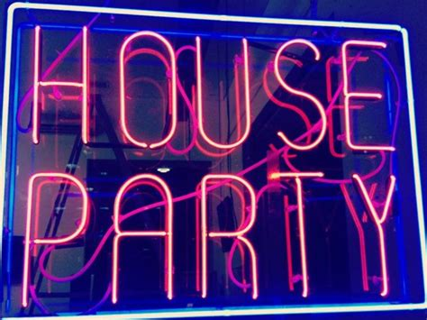 how to throw a house party high school 7 stages of throwing a house party her cus