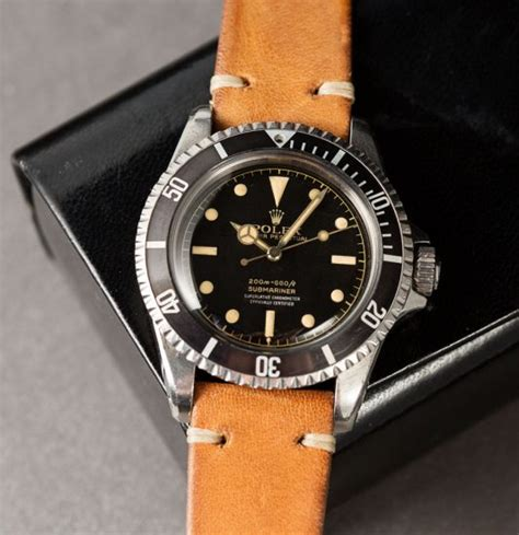 what to look for when buying an old house rolex submariner ref 5512 details and things to look for