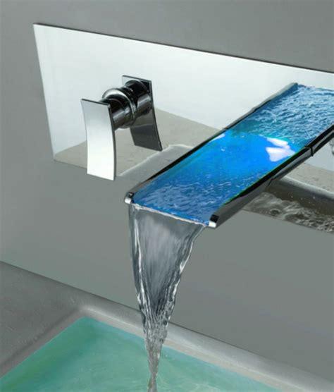 robinets salle de bains le robinet cascade en 70 photos archzine fr