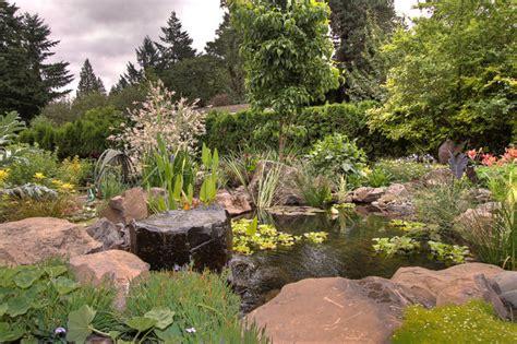 Natural pond   Traditional   Landscape   Portland   by