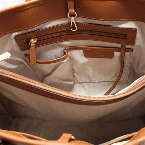 Michael Kors Bag Interior by Michael Kors Jet Set Travel Saffiano Leather Large East