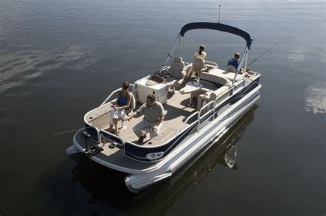 types of tritoon boats research crestliner boats grand cayman 2385 tritoon on