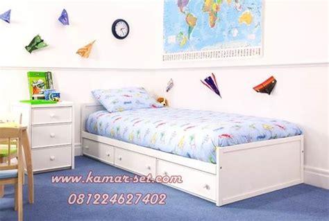 Nakas Minimalis Finishing Duco 3 Laci 2 Pcs 1 tempat tidur anak laki laki minimalis ranjang anak set