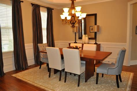 dining rooms with chair rails chair rail in dining room decor ideas