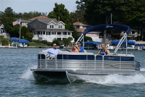 berkshire pontoon boats berkshire pontoons boats for sale page 1 of 4 boat buys