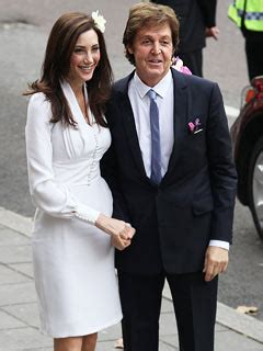 Married American Nancy Shevell Dating Mccartney Does Not Wear A Ring And Is Legally Separated From Husband by Paul Mccartney Weds Nancy She In The Twist
