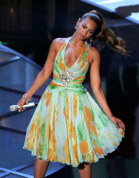A Closer Look At The Oscars Beyonce Knowles by Beyonce Knowles Photos Photos The 77th Annual Academy