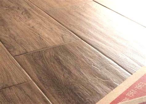 rifare i pavimenti rifare il pavimento o rivestirlo fornitura e posa