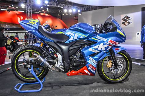 Ktm At Auto Expo 2016 by Suzuki Gixxer Cup Race Bike Side At Auto Expo 2016