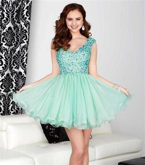 imagenes de vestidos verdes cortos descubre los mejores vestidos de fiesta en color verde agua