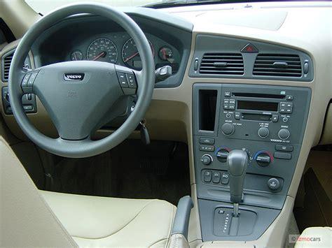 image  volvo   door sedan  turbo dashboard size    type gif posted