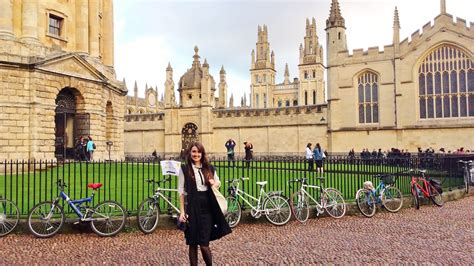 Oxford Or Cambridge Mba by What It S Like To Go To The Of Oxford