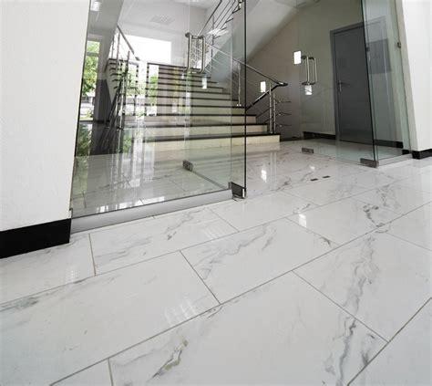 pavimenti marmo bianco pavimenti in marmo per interni pro e contro prezzi e