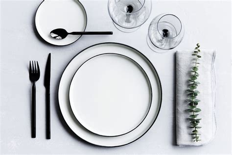 simple table setting xmas table 10 simple and effective ideas italianbark