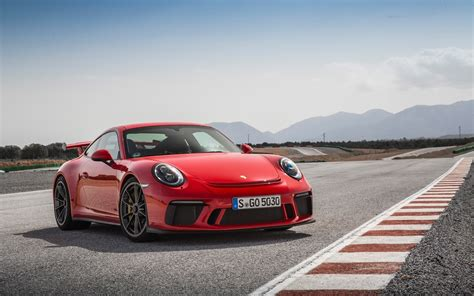 guards red porsche 2018 porsche 911 gt3 guards red wallpapers hd wallpapers