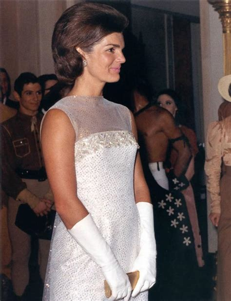 60s style icons jackie kennedy we vintage