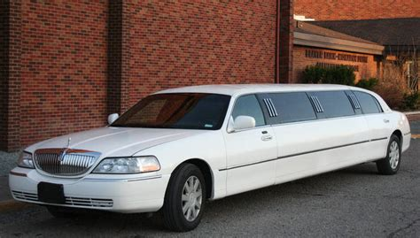 minneapolis limo service airport car service suvs party