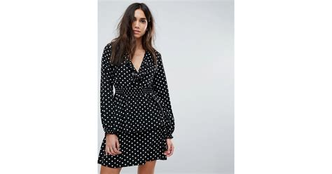 8 Pretty Polka Dot Accessories by Lyst Prettylittlething Polka Dot Tiered Tea Dress In Black