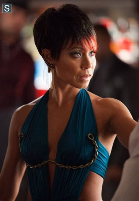 gotham adds jada pinkett smith to its list of rogues gotham adds chris chalk as lucius fox jada pinkett