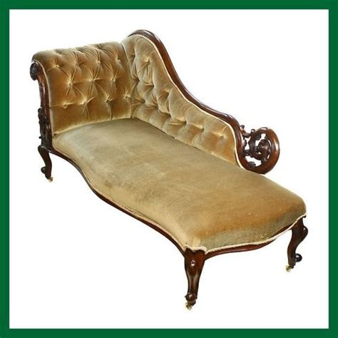 fainting chaise lounge 1000 ideas about fainting couch on pinterest antique