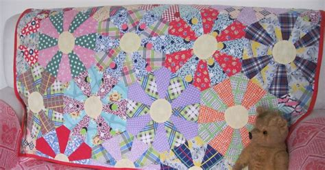 Kaleidoscope Patchwork Quilt Pattern - treasured quilts kaleidoscope or endless chain patchwork