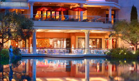 Patio Dining Las Vegas by Tis The Season For Outdoor Dining In Vegas Las Vegas Blogs