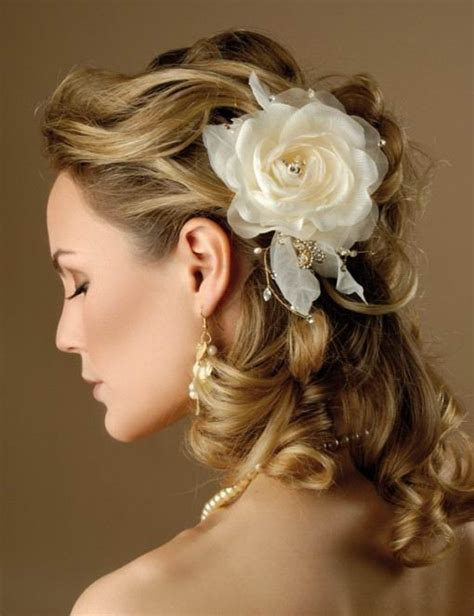 wedding bridesmaid stylish hairstyles brides and wedding
