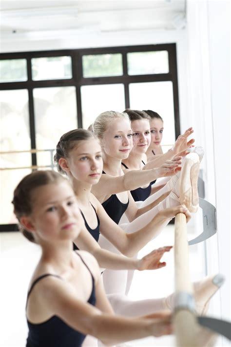 wall mounted ballet bar arabesque double dinamica ballet