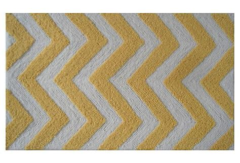 Yellow And White Chevron Rug by Pin By Kenny On Hou Zzz