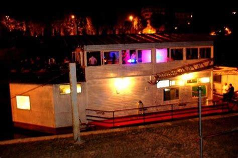 Gita Fanta barcone sul tevere festa 18 anni roma