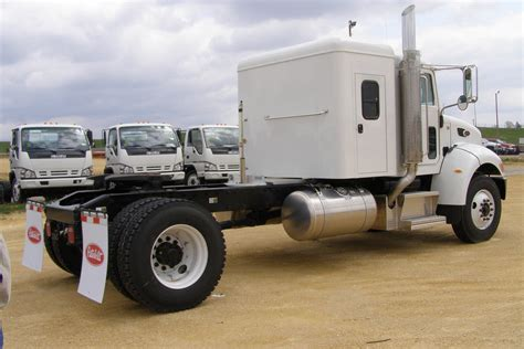 Sleeper Cab by One Ton Truck Sleepers Custom Truck Sleeper Cabs Autos