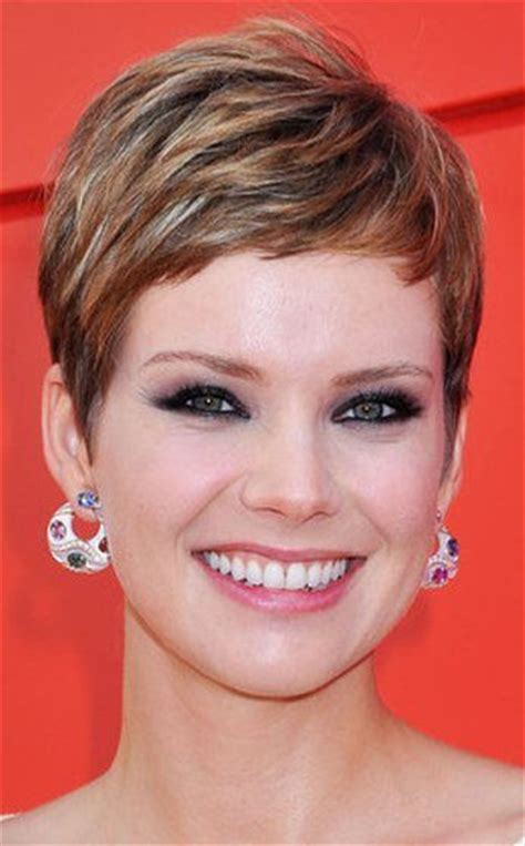 13 super short haircuts for a totally new you 13 super short haircuts for a totally new you 568 best