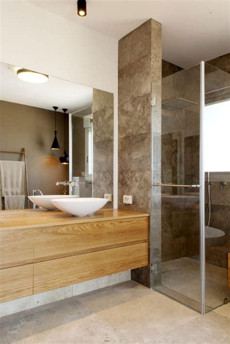 waschuntertisch holz moderne inneneinrichtung in wei 223 und holz in einem penthouse
