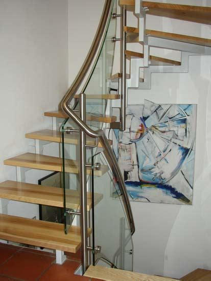 edelstahlgeländer treppenhaus treppen f 252 r den innenbereich wendeltreppen