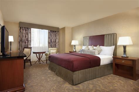 Circus Circus Las Vegas Rooms by Circus Circus Unveils Newly Remodeled Guest Rooms And